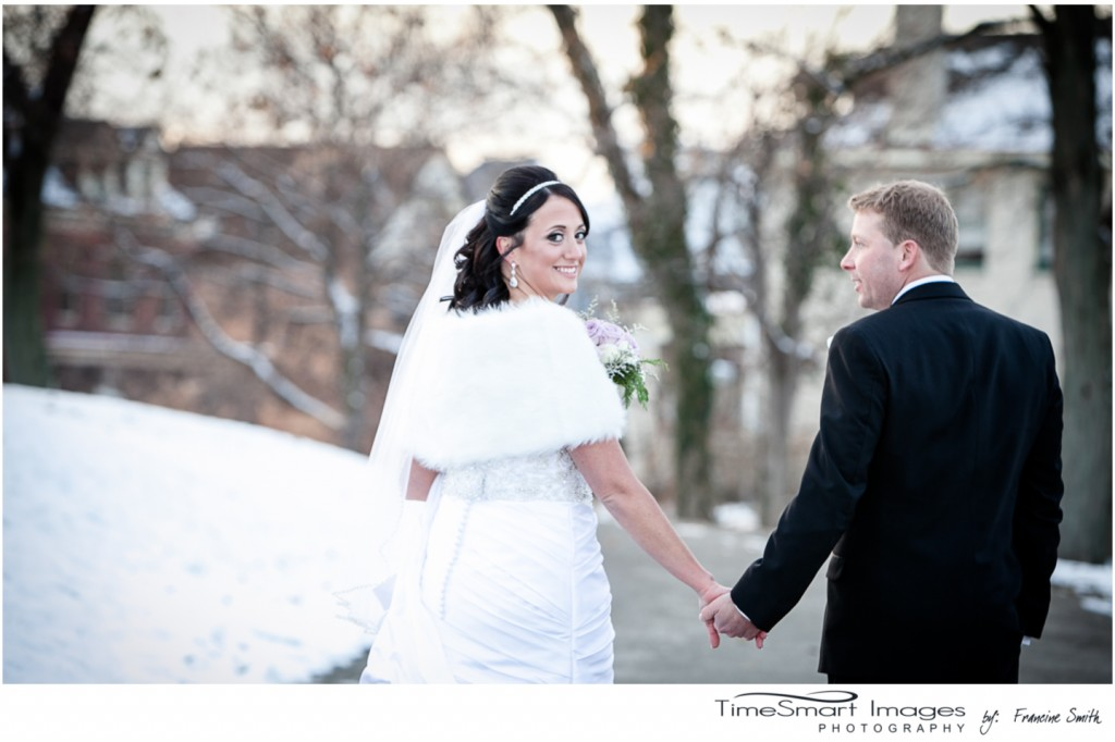Pittsburgh Wedding, bride and groom, snow