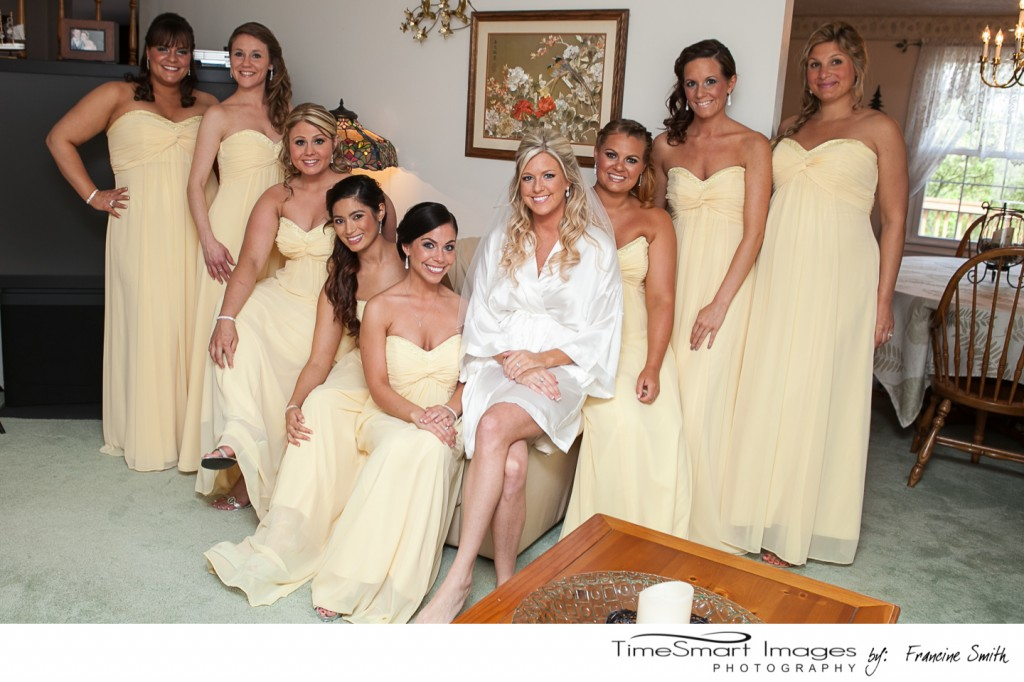 Lauren with her girls, pre-ceremony