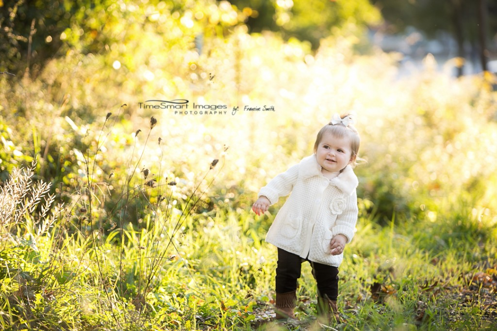 amira_1year_fall-light2